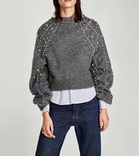 Load image into Gallery viewer, GREY PEARL SHORT SWEATER