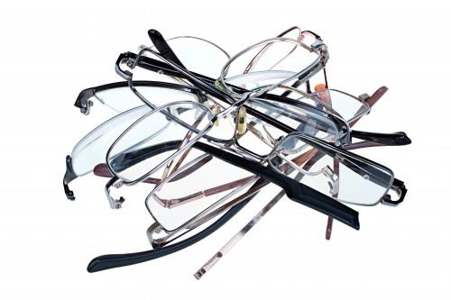 Cheap Reading Glasses: More Harm Than Good?