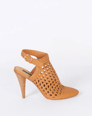 Livia Closed-Toe Sandal