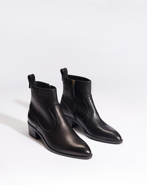 Tanner Tumbled Calf - Black