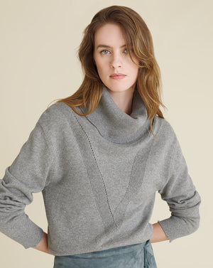Zarita Turtleneck Pullover - Grey