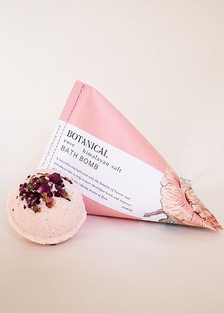 Botanical Bath Bomb - Rose & Himalayan Salt