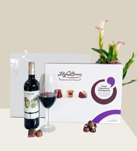 Organic Wine and Chocolates Gift Hamper