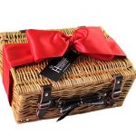 Deluxe Fitted Picnic Basket with Champagne and Chocolates