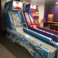 Ice Ball Alley Roller Arcade Game