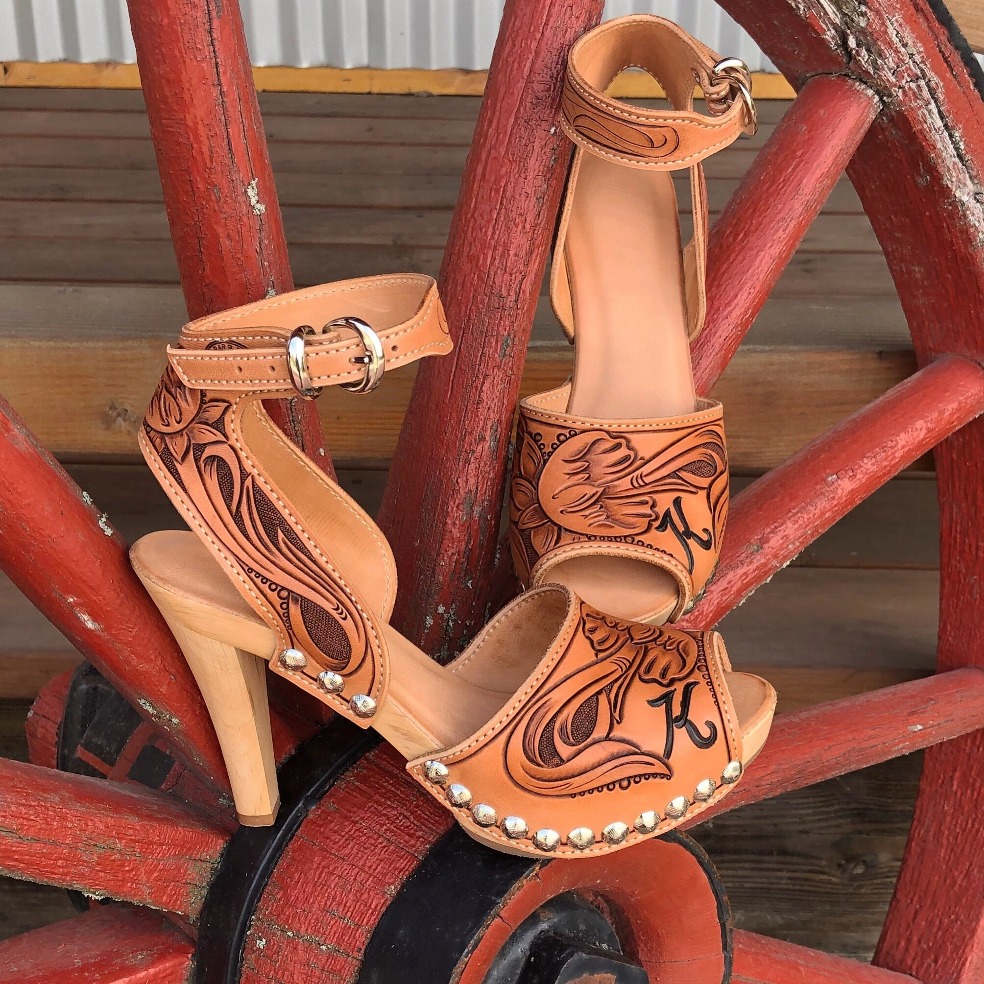 Tooled Stiletto