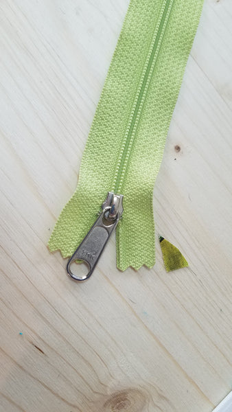 Zipper - Apple Green