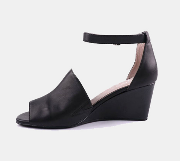 Julz Lily Leather Heels - Black