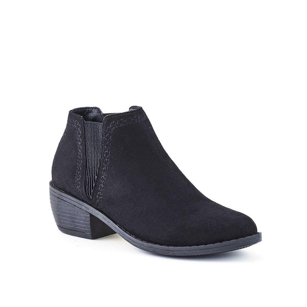 Queue Harper Ankle Boot - Black