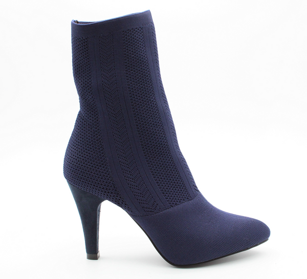 Wild Alice Women's Destiny Knitted Heeled Ankle Boot - Navy