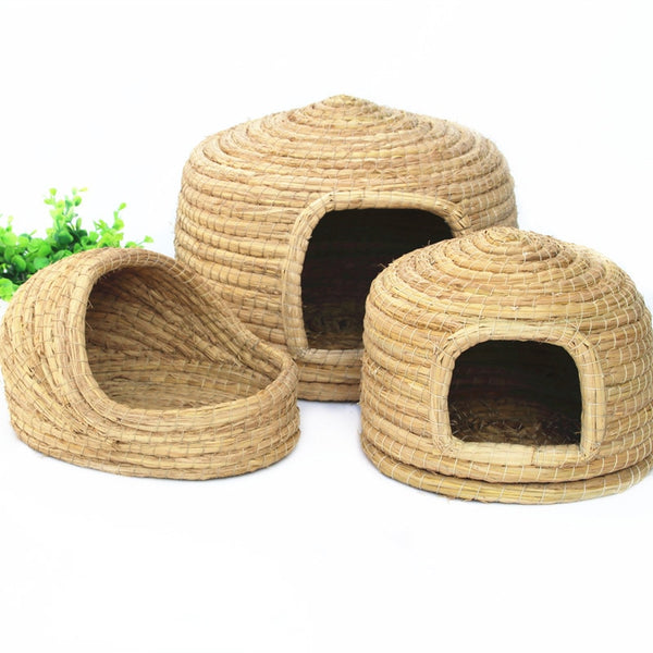 Small pet natural grass nest