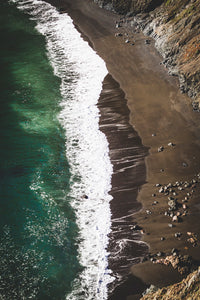 Golden Gate Ocean. Taken by SF based photographer Joe Keefe Available in L, XL and Grand.
