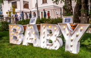 BABY marquee letteres