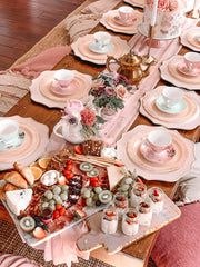 Afternoon tea themed picnic for 2