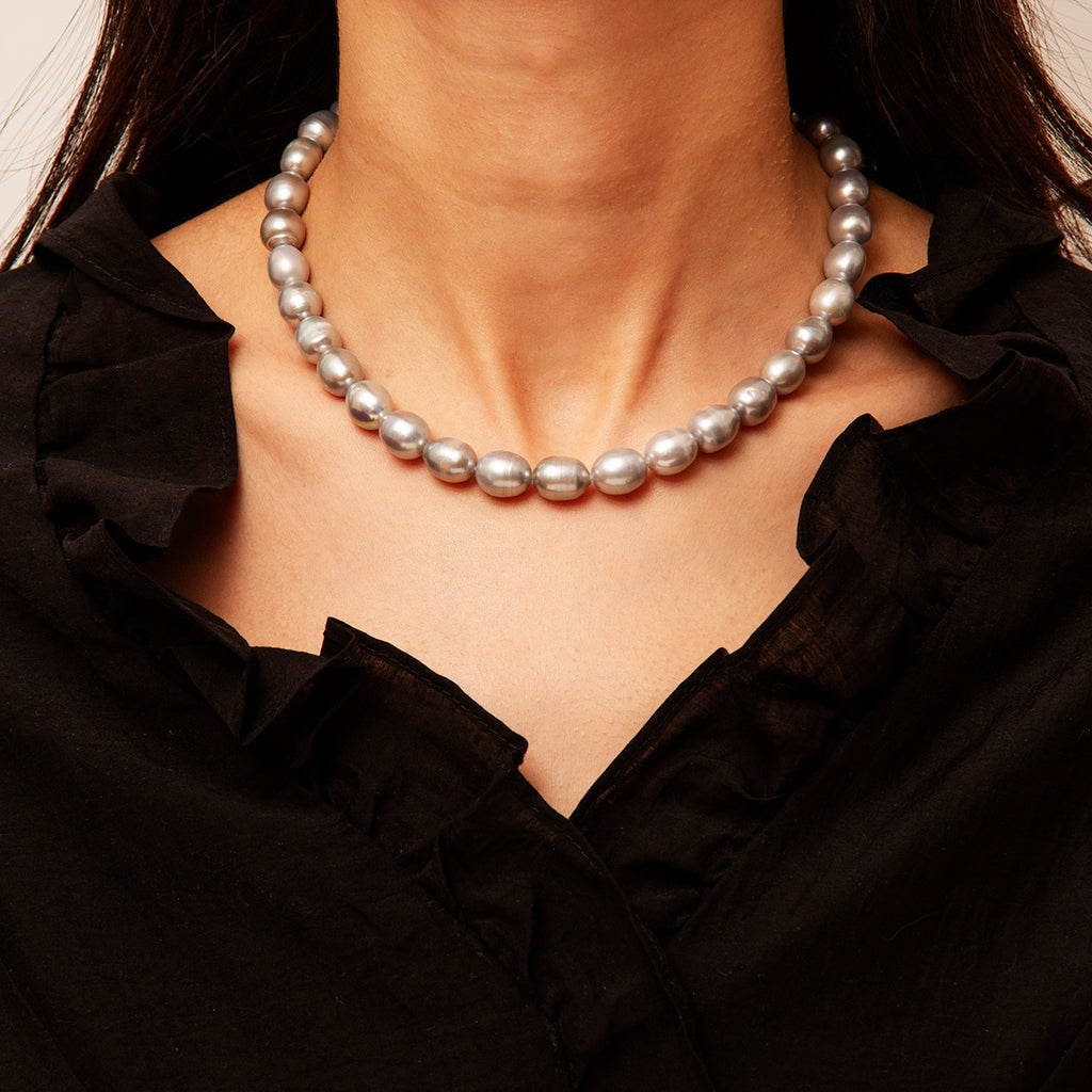 Faro Pearl Necklace
