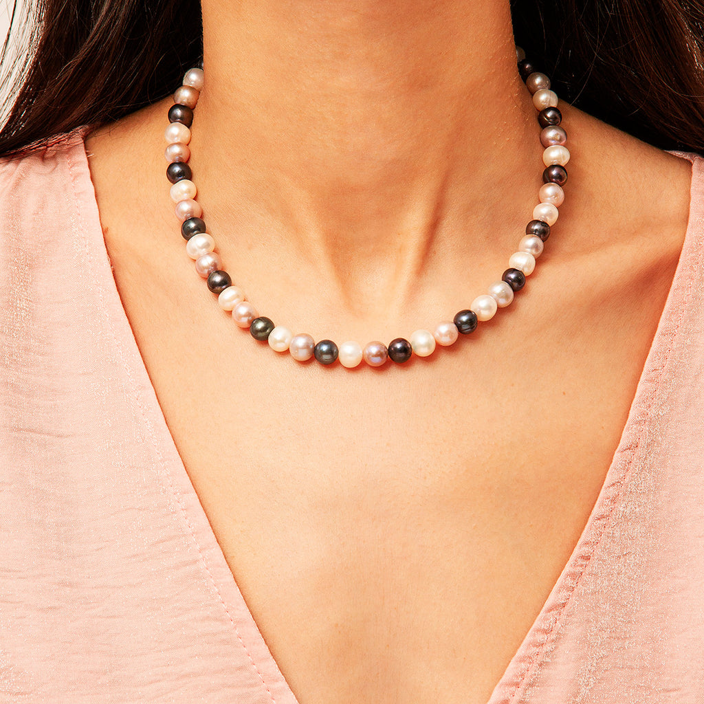 Lisbon Pearl Necklace