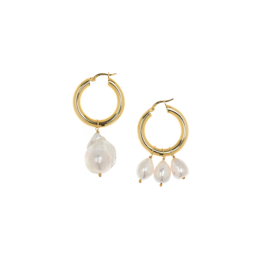 Suzy Pearl Earrings