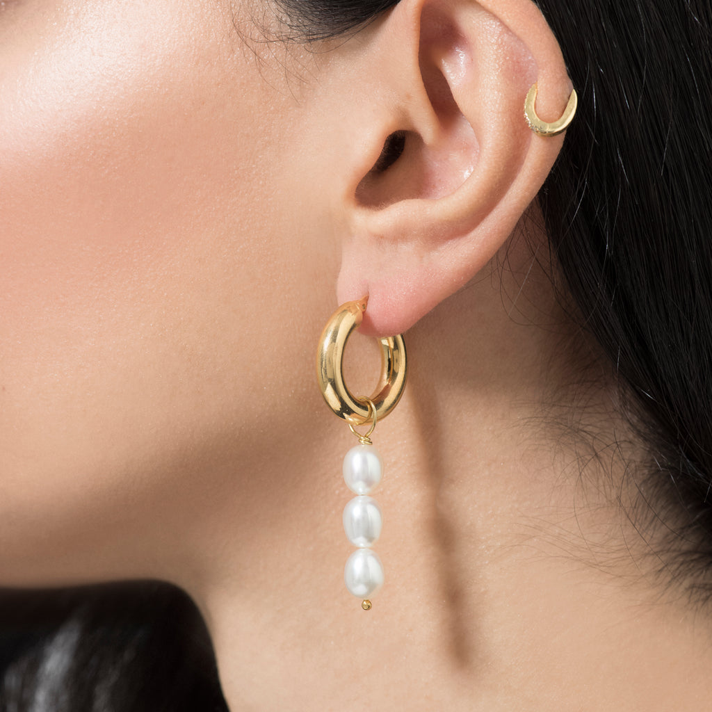 Evgenia Pearl Earrings