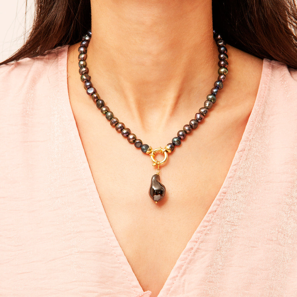 Cara Colored Pearl Necklace