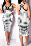 Trendy Grids Printed Knee Length Dress - VogueRegion