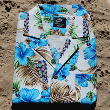 hawaiian shirt by tacky beach