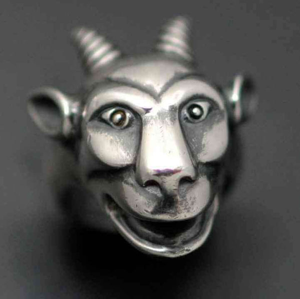 NOTRE DAME GARGOYLE RING - Orfebre Goldsmith NYC
