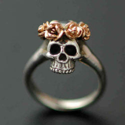 SKULL WITH GOLD ROSES CROWN RING - Orfebre Goldsmith NYC