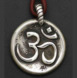 OM PEACE PENDANT - Orfebre Goldsmith NYC