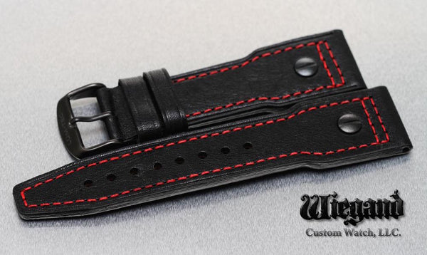 LEATHER WITH THE RED STITCHING - LÜM-TEC Europe