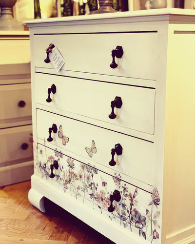 Chest of draws £265