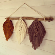 Load image into Gallery viewer, Macrame Feathers