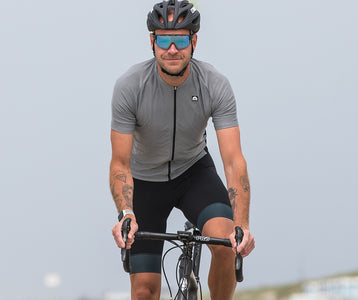 NEW FABRIC TECH IS COOL NEWS FOR CYCLISTS