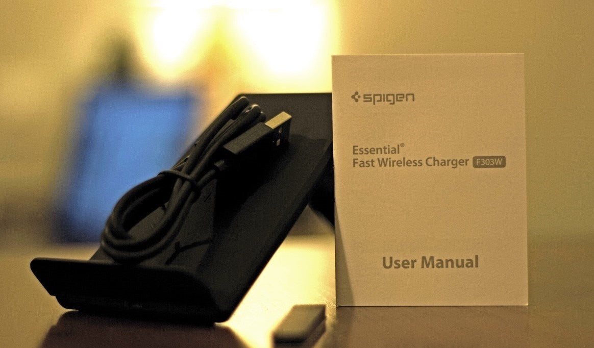reputable site cc380 14d68 Spigen F303W Wireless Charger Review: The Most Comfortable Wireless ...