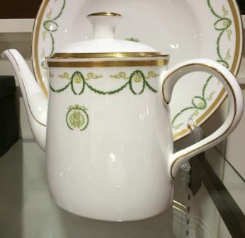 ROYAL CROWN TEAPOT