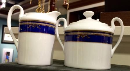 VIP CREAMER AND SUGAR SET