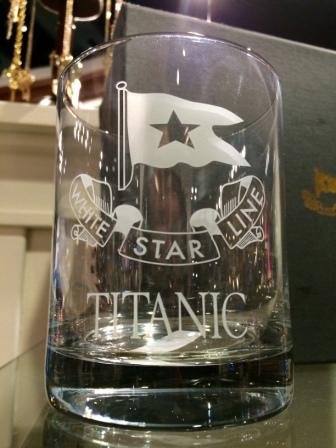 TITANIC CLEAR ROCKS WHITE STAR LINE ETCHED GLASS