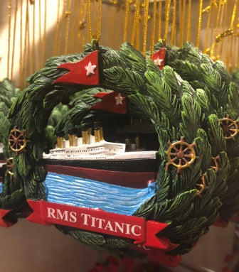 TITANIC WREATH ORNAMENT