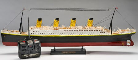 REMOTE CONTROL TITANIC WITH CHARGER