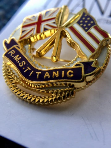 TITANIC GOLD OFFICER LAPEL PIN