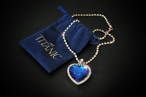TITANIC COSTUME HEART NECKLACE