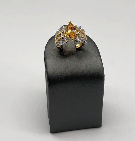 YELLOW MARQUEE RING