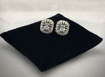 VICTORIAN CLEAR STONE BURST EARRINGS