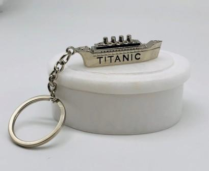 TITANIC  SHIP KEY RING