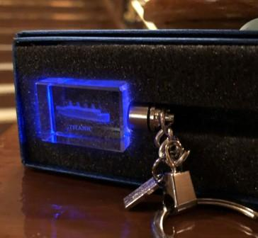 CRYSTAL LED LIGHTED ETCHED TITANIC KEY RING