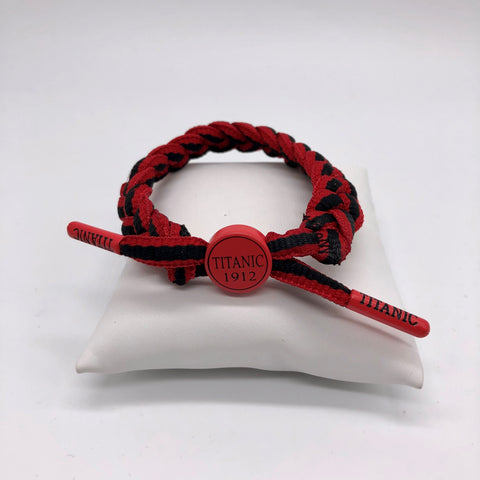 BRAIDED BRACELET WITH TITANIC LOGO IN ASSORTED COLORS