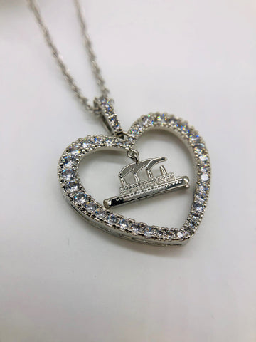 TITANIC NECKLACE WITH HEART AND SHIP