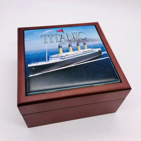 TITANIC WOODEN AND TILE BOX