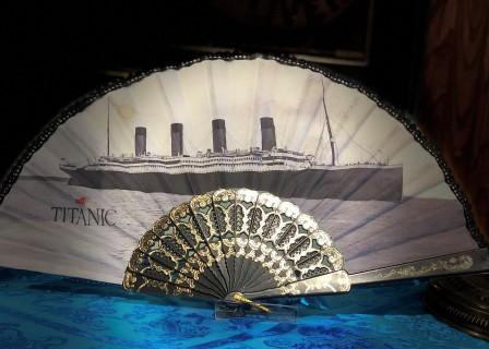 CUSTOM MADE TITANIC HAND FAN