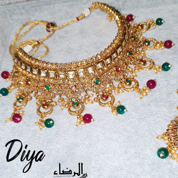 Diya - Green and Red Necklace Set