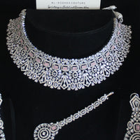 Eternity  -  Saera Necklace Set